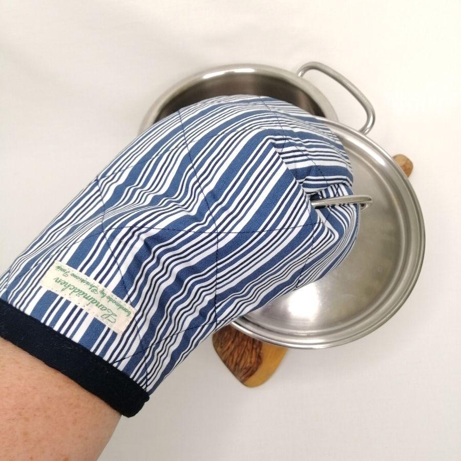 Ofenhandschuh zum Schutz deiner Hände