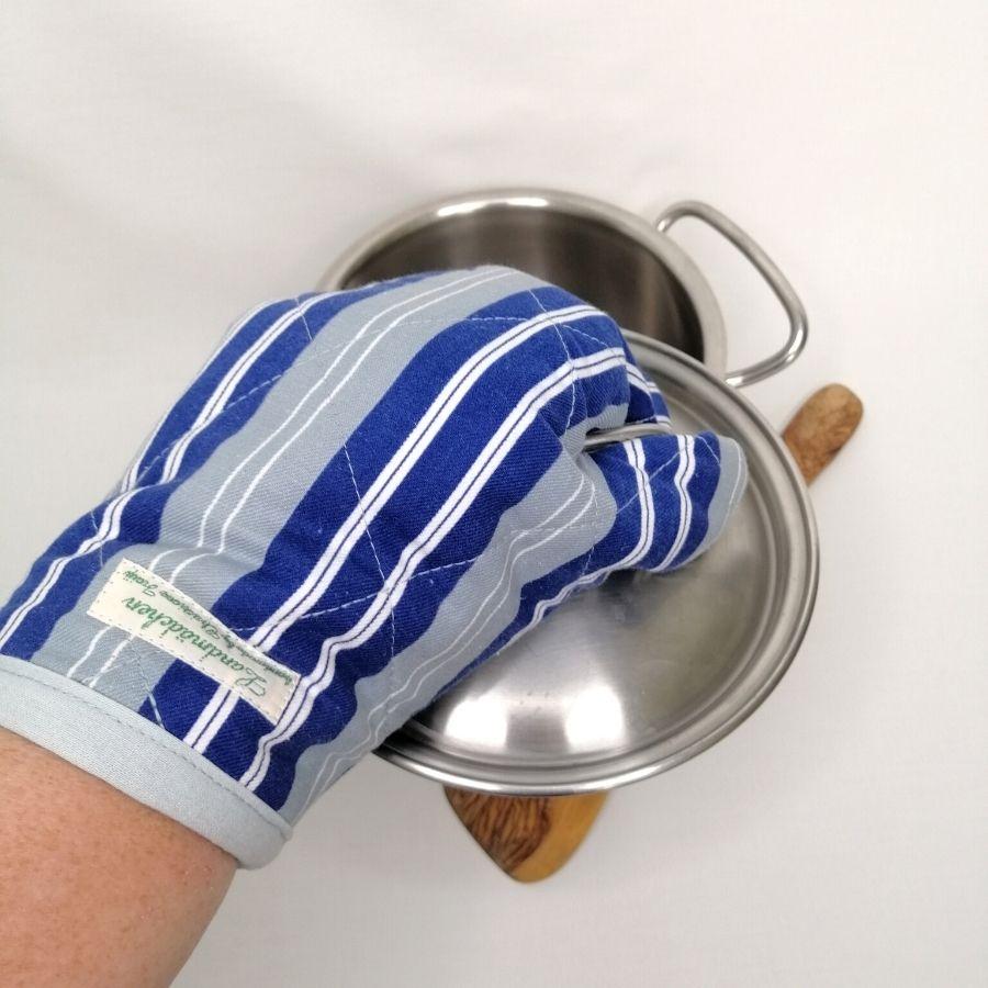 Nützliches - Ofenhandschuh zum Schutz deiner Hände